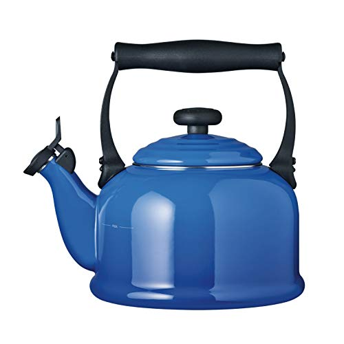 Le Creuset Traditional Stove-Top Kettle with Whistle