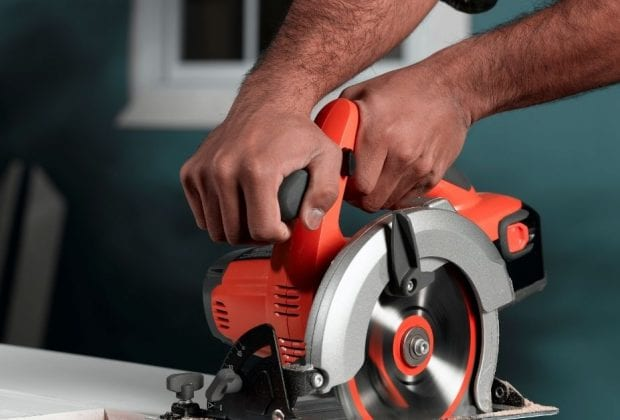 Best Cordless Circular Saw UK